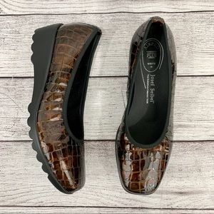 Josef Seibel Croc Patent Leather AirPed Loafers